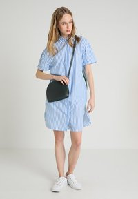 Emily van den Bergh - Shirt dress - white/blue - 1