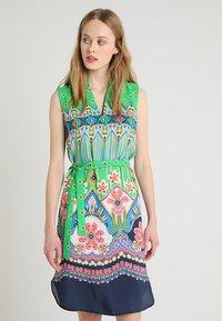 Emily van den Bergh - Day dress - green/pink - 0