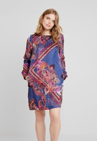 Emily van den Bergh - Day dress - multicolour - 0