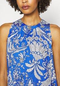 Emily van den Bergh - DRESS - Maxi dress - blue/white - 4