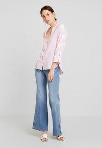 Emily van den Bergh - Button-down blouse - white/pink - 1