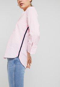 Emily van den Bergh - Button-down blouse - white/pink - 5