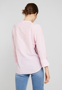 Emily van den Bergh - Button-down blouse - white/pink - 2