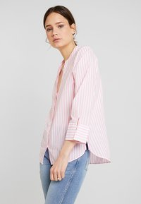 Emily van den Bergh - Button-down blouse - white/pink - 0