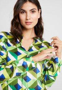 Emily van den Bergh - Bluser - multicolour green - 4