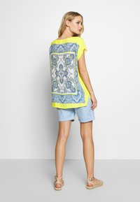Emily van den Bergh - Blouse - yellow/blue - 2