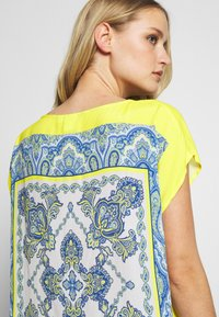 Emily van den Bergh - Blouse - yellow/blue - 5