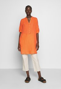 Emily van den Bergh - Blouse - orange - 1