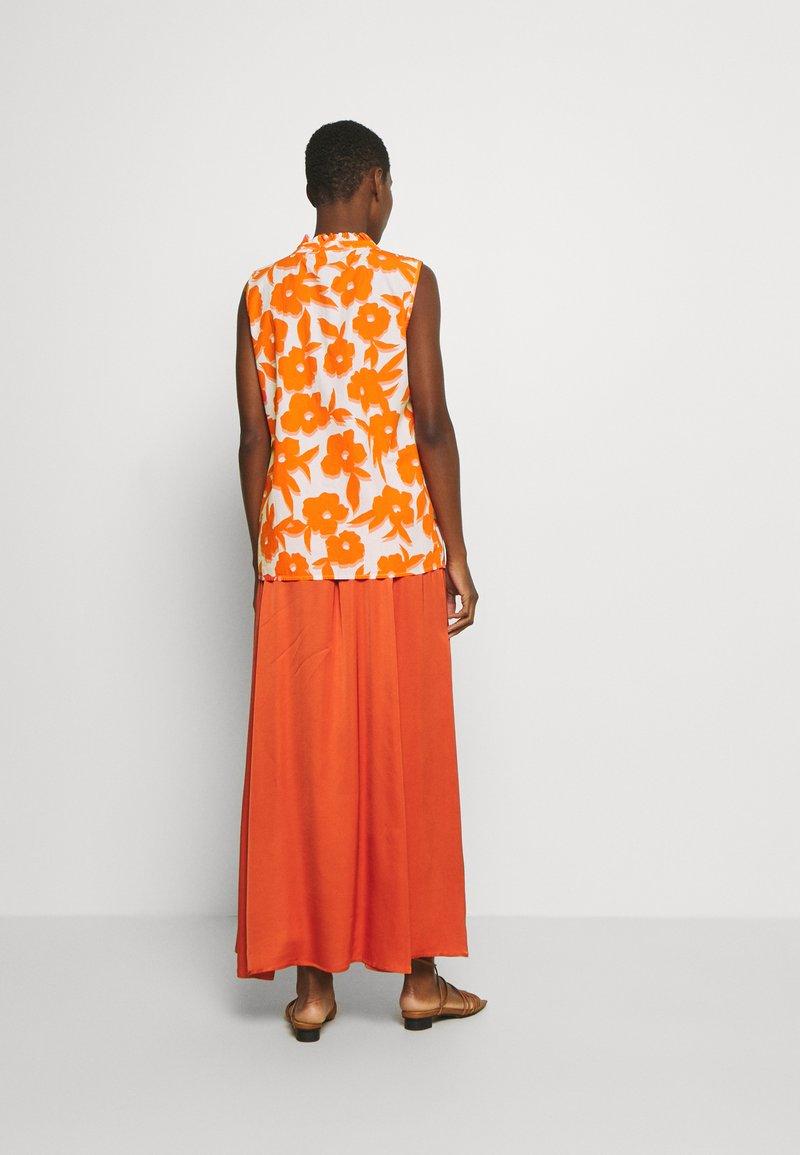 Emily van den Bergh - BLOUSE - Blůza - white/orange