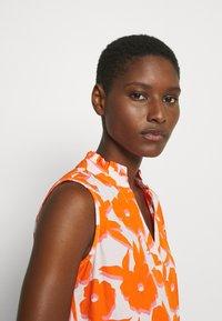 Emily van den Bergh - BLOUSE - Blůza - white/orange - 2