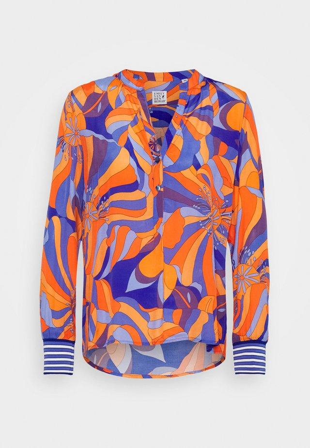 Blouse - orange/blue