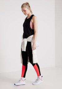 Even&Odd active - Treningsskjorter - black - 1