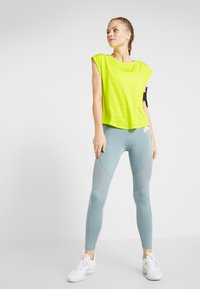 Even&Odd active - Camiseta estampada - light yellow - 1