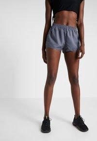 Even&Odd active - Pantalón corto de deporte - dark grey - 0