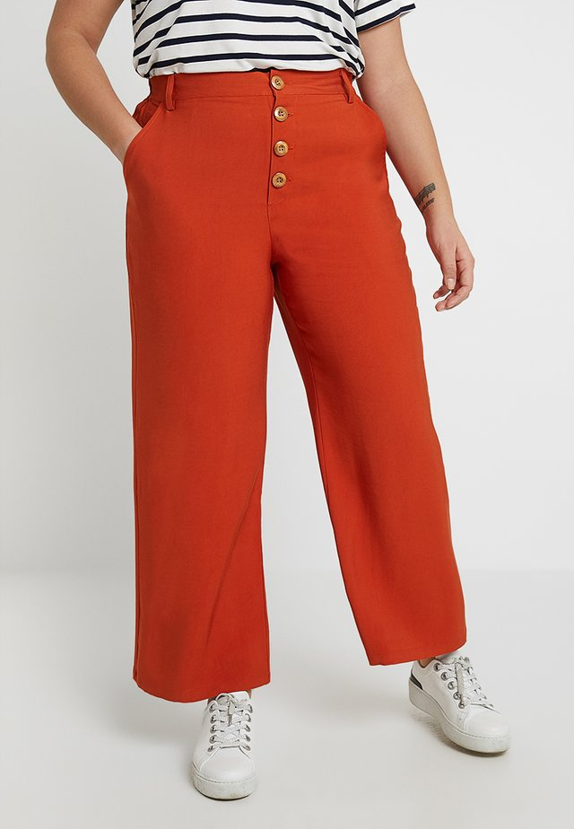 Trousers - rusty red as proto