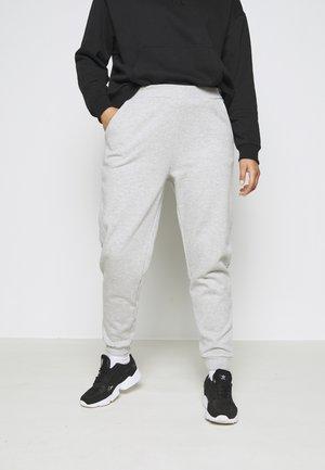 2er PACK - REGULAR FIT JOGGERS - Teplákové kalhoty - black/light grey