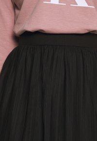 Even&Odd Curvy - PLISSEE SKIRT - Jupe trapèze - black - 5