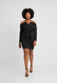 Even&Odd Curvy - Pouzdrové šaty - black - 1