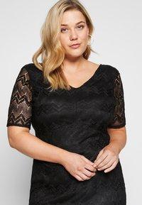 Even&Odd Curvy - DRESS BODYCON - Vestito elegante - black - 4