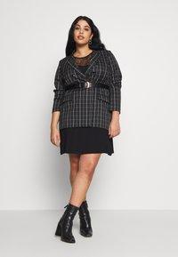 Even&Odd Curvy - Jersey dress - black - 1