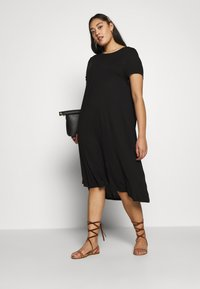 Even&Odd Curvy - BASIC JERSEY DRESS - Žerzejové šaty - black - 1