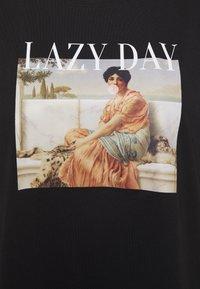 Even&Odd Curvy - Print T-shirt - anthracite - 2