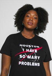 Even&Odd Curvy - Print T-shirt - black - 4