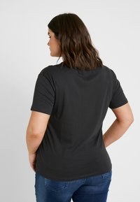 Even&Odd Curvy - Camiseta estampada - anthracite - 2
