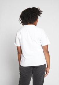 Even&Odd Curvy - 2 PACK - T-shirts - white/black - 3