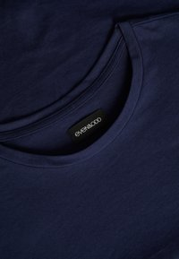 Even&Odd Curvy - T-shirt basic - maritime blue - 6
