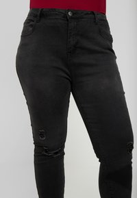 Even&Odd Curvy - Jeansy Skinny Fit - washed black - 4