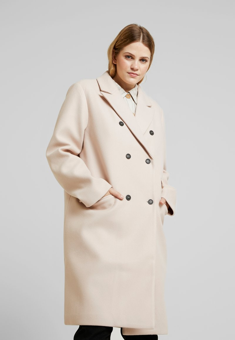 Even Off amp;odd Manteau White Curvy Classique IvYmb7g6yf