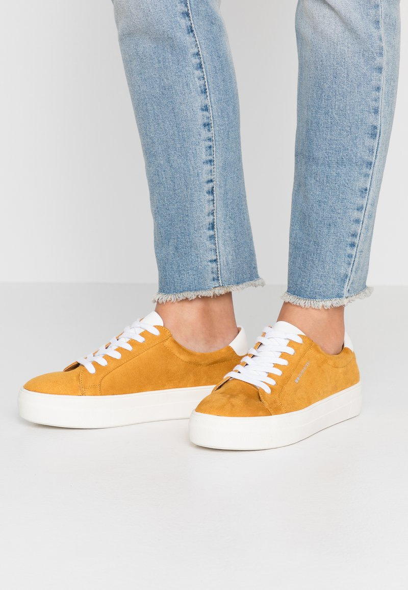 Even&Odd Wide Fit - Trainers - mustard