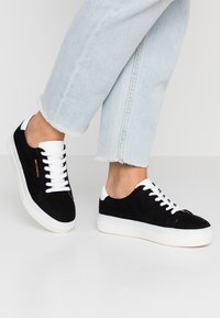 Even&Odd Wide Fit - Trainers - black - 0