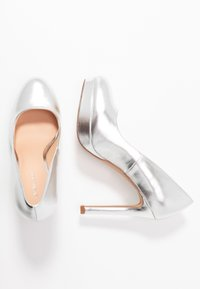 Even&Odd Wide Fit - Zapatos altos - silver - 3
