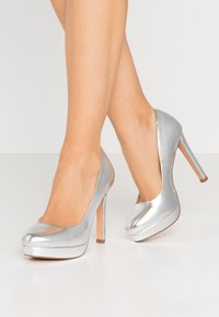 Even&Odd Wide Fit - Zapatos altos - silver - 0