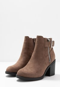 Even&Odd Wide Fit - Ankle boot - taupe - 4