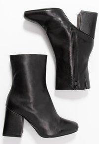 Even&Odd Wide Fit - WIDE FIT LEATHER BOOTIE - Ankelboots med høye hæler - black - 3