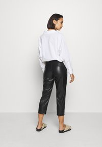 Even&Odd Petite - Pantalon classique - black - 2