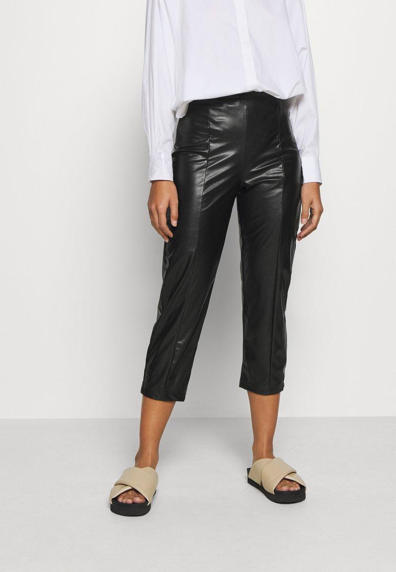 Even&Odd Petite - Pantalon classique - black