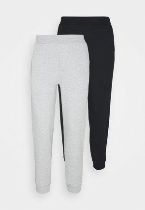 2PACK REGULAR FIT JOGGERS - Pantalones deportivos - black/light grey