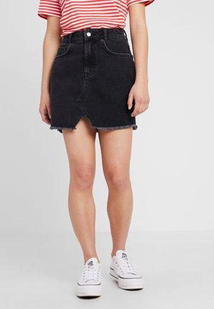 Áčková sukně - black denim