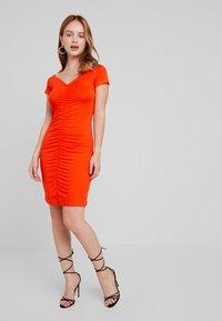 Even&Odd Petite - Shift dress - mandarine red - 1