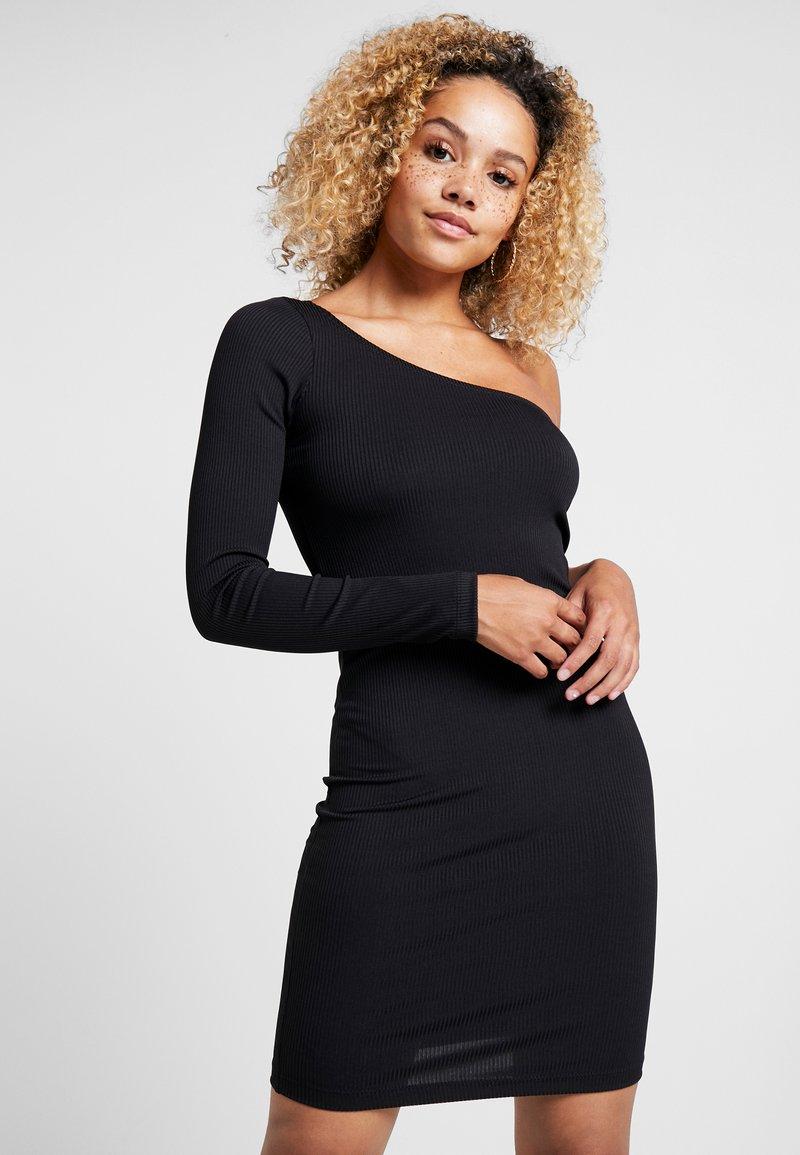 Even&Odd Petite - Vestido de tubo - black