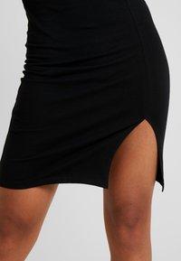 Even&Odd Petite - Shift dress - black - 6