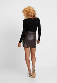 Even&Odd Petite - 2 PACK - Maglietta a manica lunga - tan/black - 3