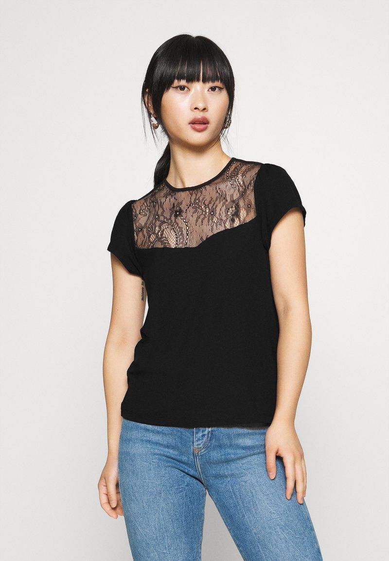 Even&Odd Petite - T-shirts med print - black