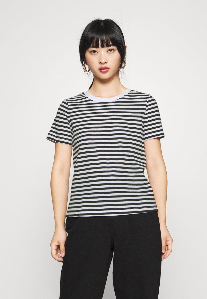 Even&Odd Petite - T-shirt con stampa - black/white