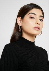 Even&Odd Petite - Pullover - black - 4