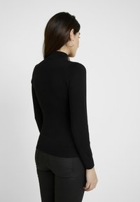 Even&Odd Petite - Strikkegenser - black - 2